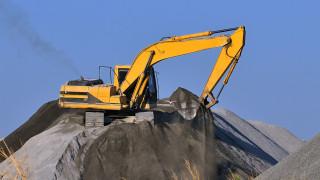 Bolder-receives-new-fleet-of-heavy-machinery.jpg